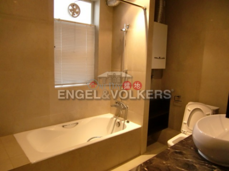 4 Bedroom Luxury Flat for Sale in Mid Levels West