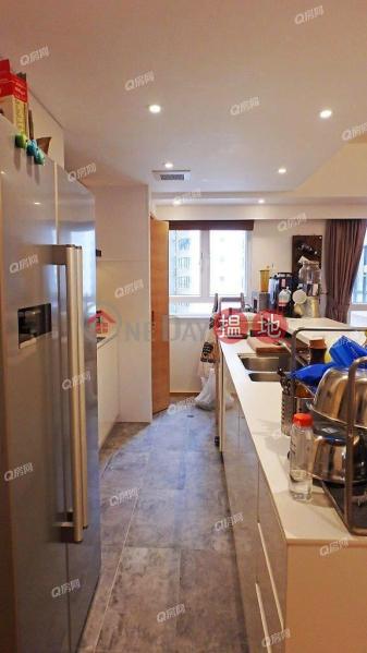Robinson Heights | 2 bedroom Low Floor Flat for Sale