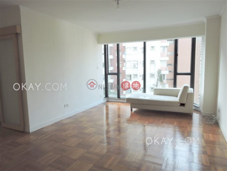 Rare 3 bedroom on high floor with rooftop & parking | Rental