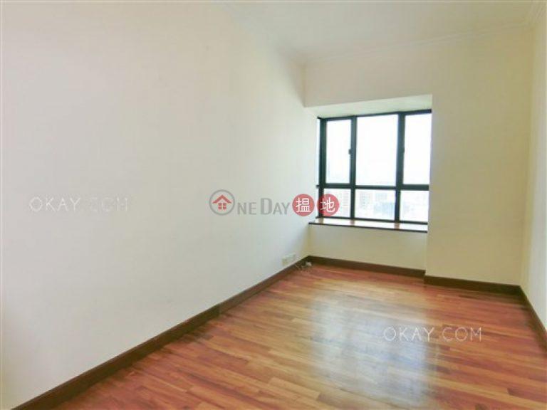 Exquisite 4 bedroom with balcony & parking | Rental