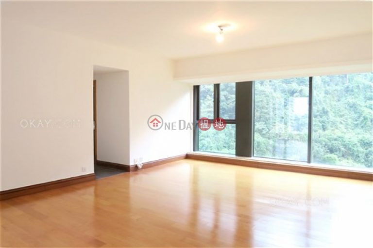 Rare 3 bedroom on high floor with parking | Rental