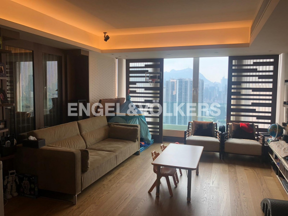 Engel & Voelkers Apartment for rent at Swiss Towers