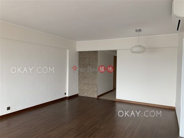 Efficient 2 bed on high floor with balcony & parking | Rental