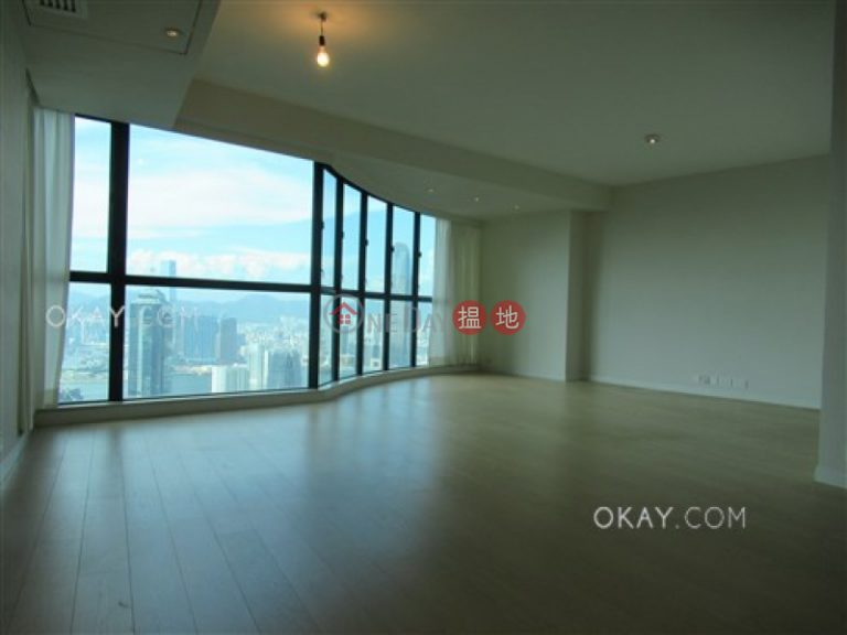 Stylish 4 bedroom on high floor with parking | Rental