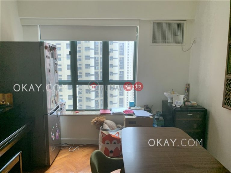 Charming 2 bedroom in Mid-levels Central | Rental