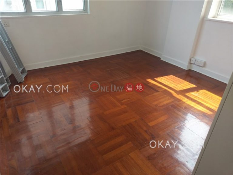Rare 3 bedroom with balcony | Rental