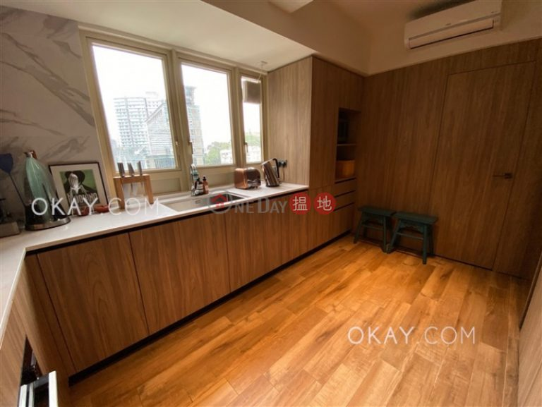 Lovely 3 bedroom with balcony | Rental
