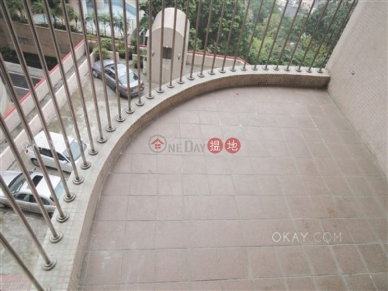 Tasteful 3 bedroom with balcony & parking | Rental
