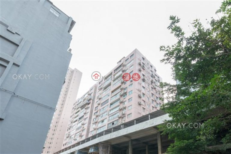 Efficient 3 bedroom on high floor with harbour views | Rental