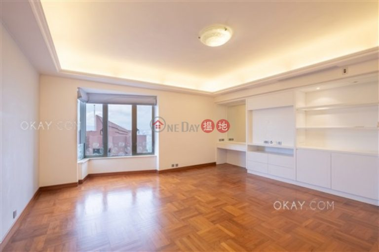 Beautiful 4 bed on high floor with balcony & parking   Rental