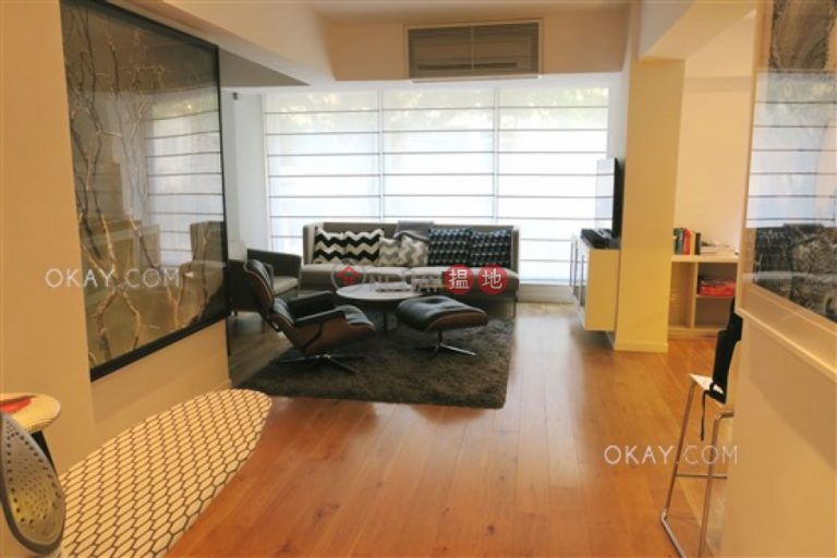 Gorgeous 2 bedroom with terrace   Rental