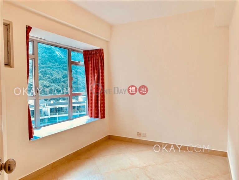 Tasteful 3 bed on high floor with harbour views | Rental