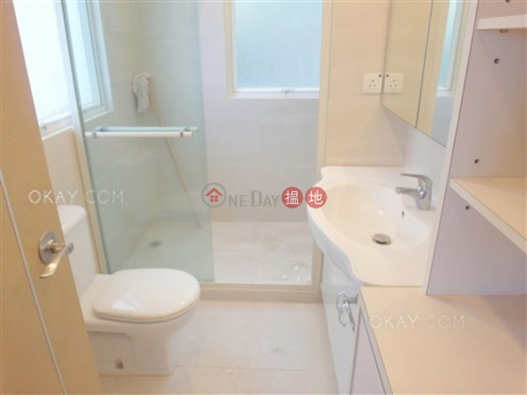 Rare 2 bedroom in Mid-levels Central | Rental