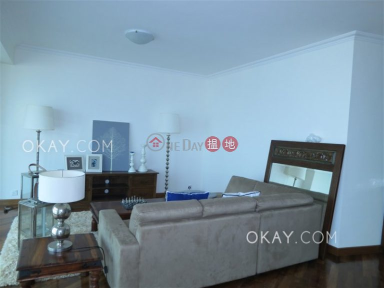 Beautiful 3 bedroom with parking | Rental