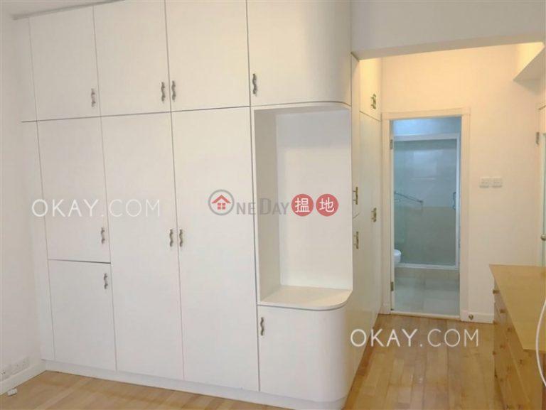 Efficient 3 bedroom with balcony & parking   Rental