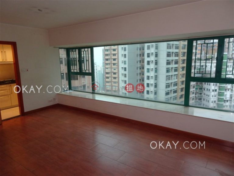 Cozy 2 bedroom on high floor | Rental