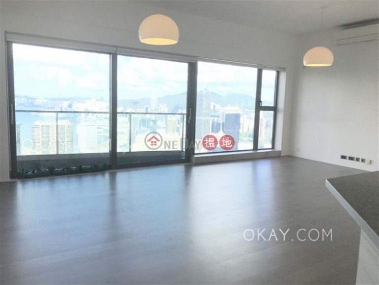 Luxurious 3 bed on high floor with sea views & balcony   Rental