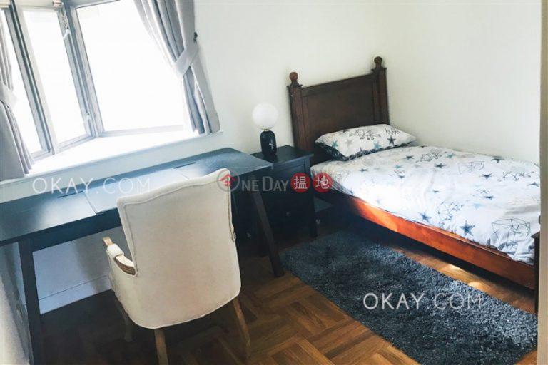 Efficient 3 bedroom with parking   Rental