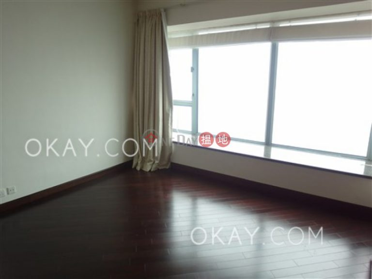Lovely 4 bedroom on high floor with parking | Rental
