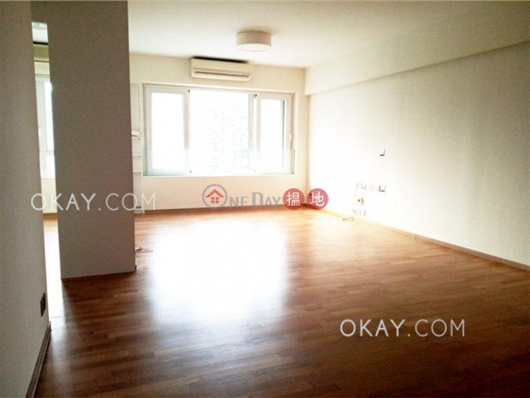 Efficient 3 bedroom on high floor with parking | Rental