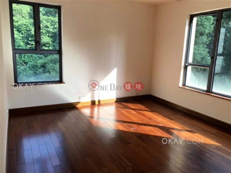 Gorgeous 4 bedroom with balcony & parking   Rental
