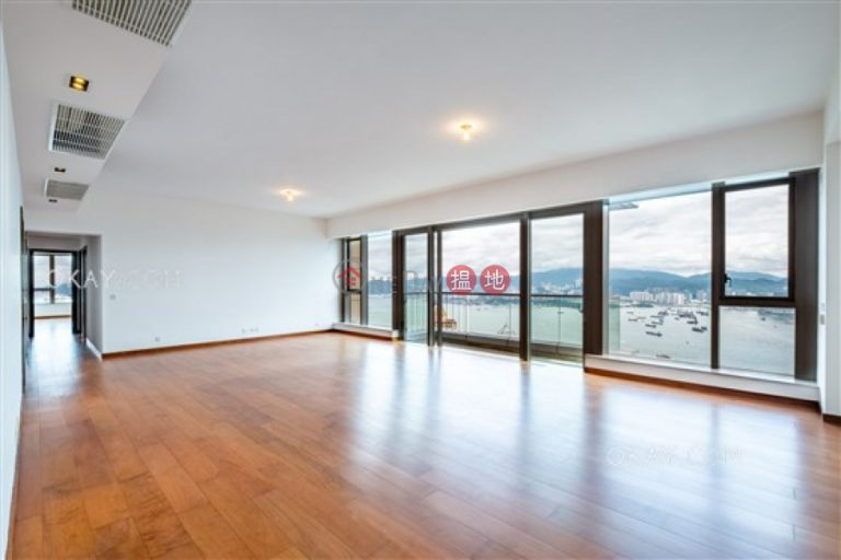Luxurious 4 bed on high floor with harbour views | Rental