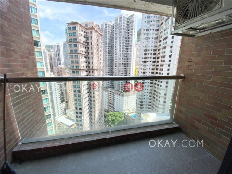 Nicely kept 3 bedroom on high floor with balcony | Rental
