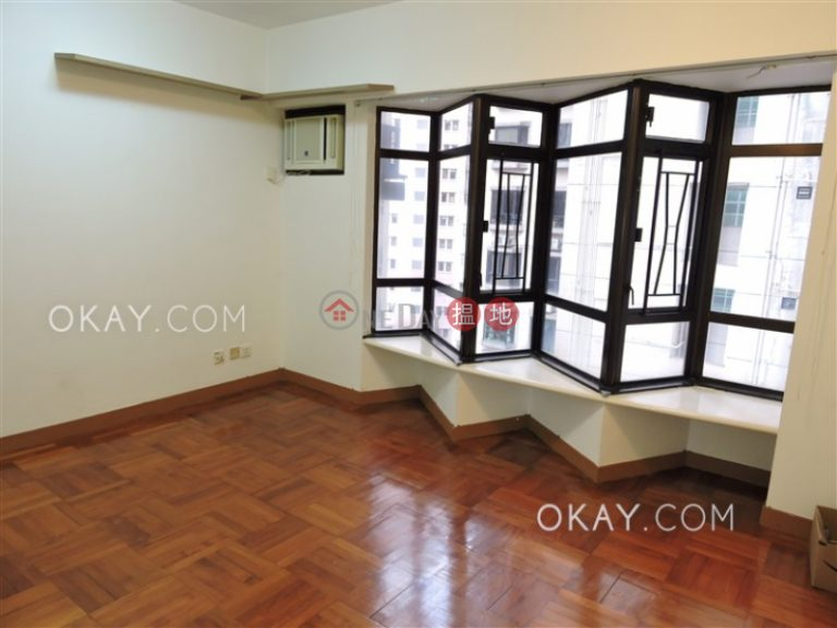 Tasteful 1 bedroom in Mid-levels West | Rental