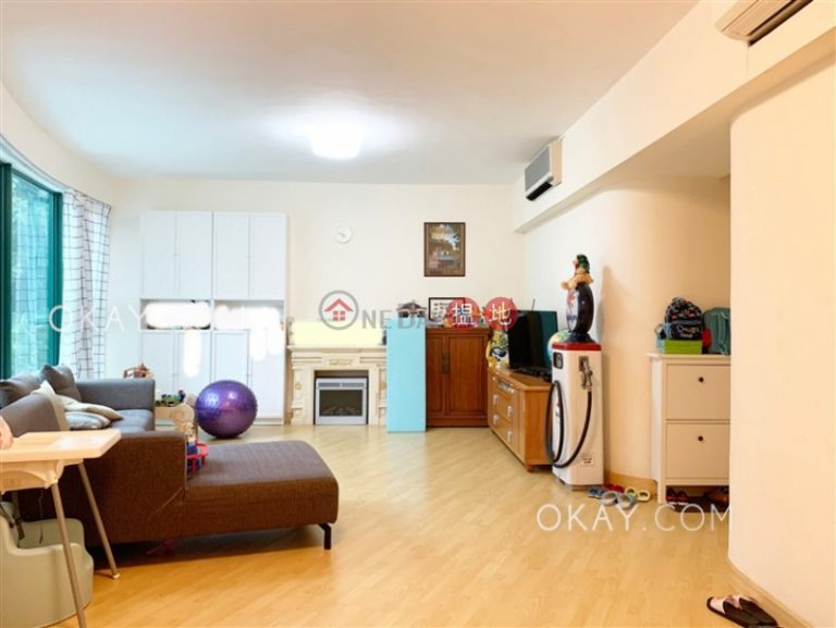 Stylish 3 bedroom with parking | For Sale